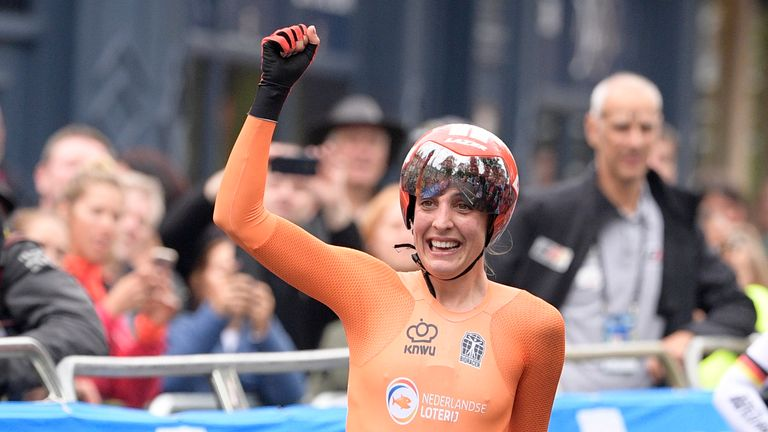 Lucinda Brand celebrates after winning the Team time trial