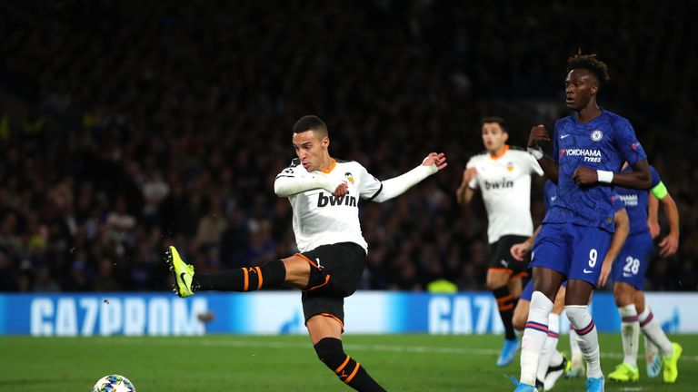 Rodrigo Moreno of Valencia scores his team's first goal during the UEFA Champions League group H match between Chelsea FC and Valencia CF at Stamford Bridge