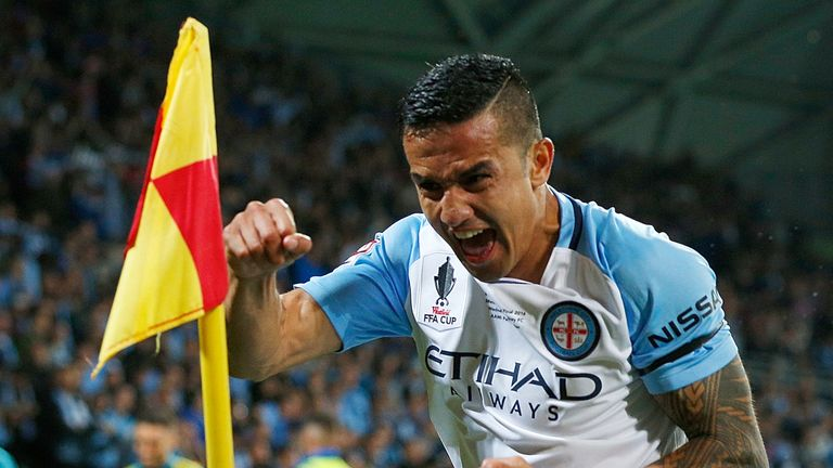 MELBOURNE, AUSTRALIA - NOVEMBER 30:  Tim Cahill of Melbourne City celebrates after kicking a goal during the FFA Cup Final match between Melbourne City FC and Sydney FC at AAMI Park on November 30, 2016 in Melbourne, Australia.  (Photo by Daniel Pockett/Getty Images)