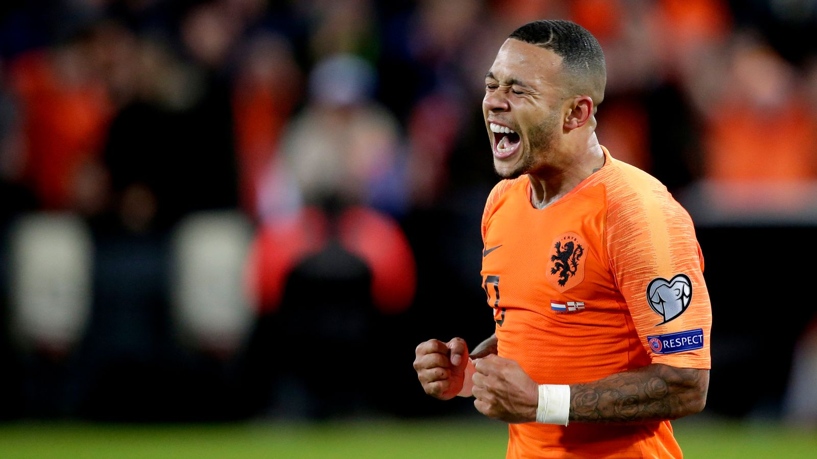 Netherlands 3-1 Northern Ireland: Late goals beat Michael O'Neill's men