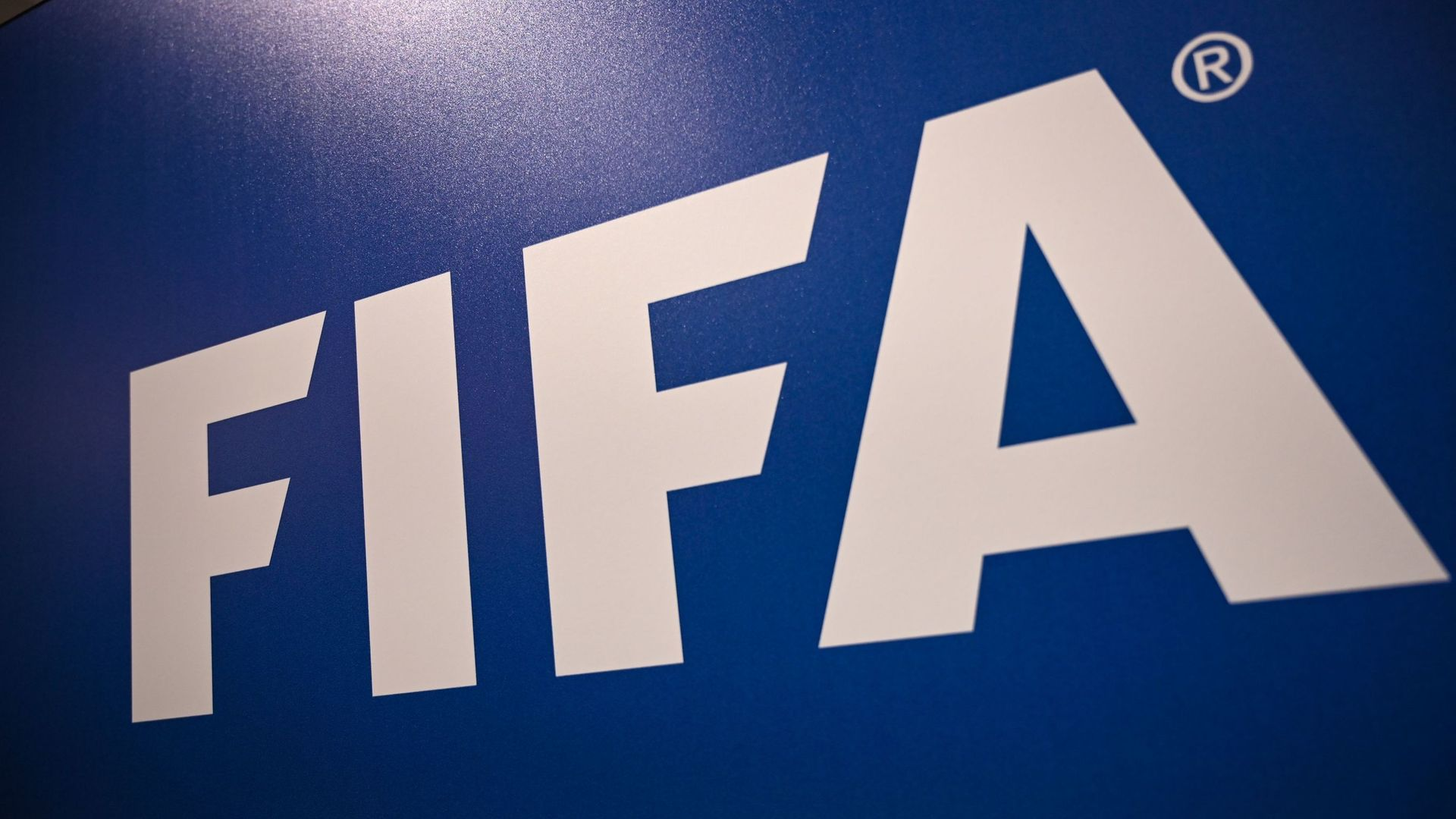FIFA plan five subs for teams when football returns