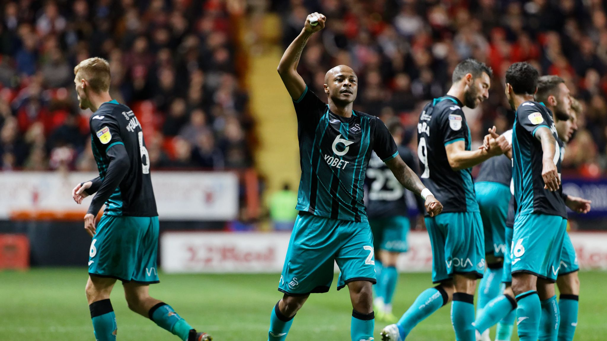 Championship highlights and round-up: Swansea win at Charlton to go top