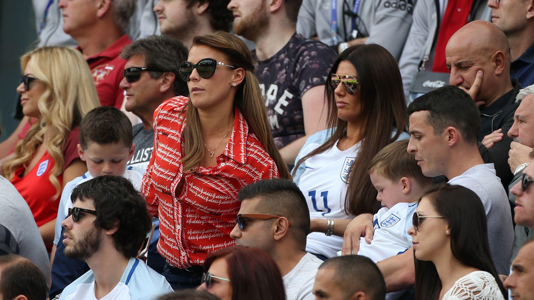 Roma block Rebekah Vardy on Twitter as social media reacts to Coleen Rooney spat