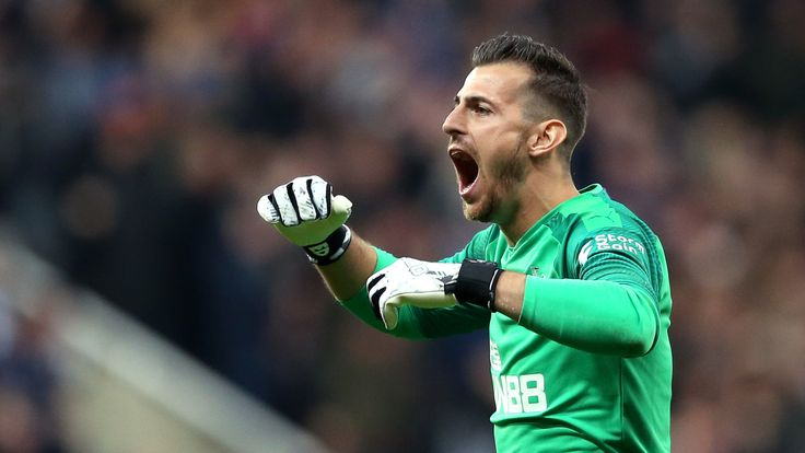 Martin Dubravka celebrates after his team's first goal during the Premier League match between Newcastle United and Manchester United