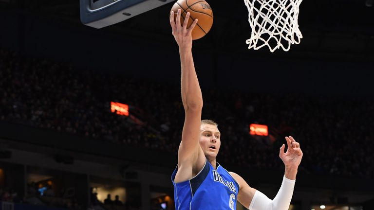 Kristaps Porzingis in action for the Mavericks