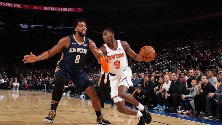 RJ Barrett attacks the Pelicans defense