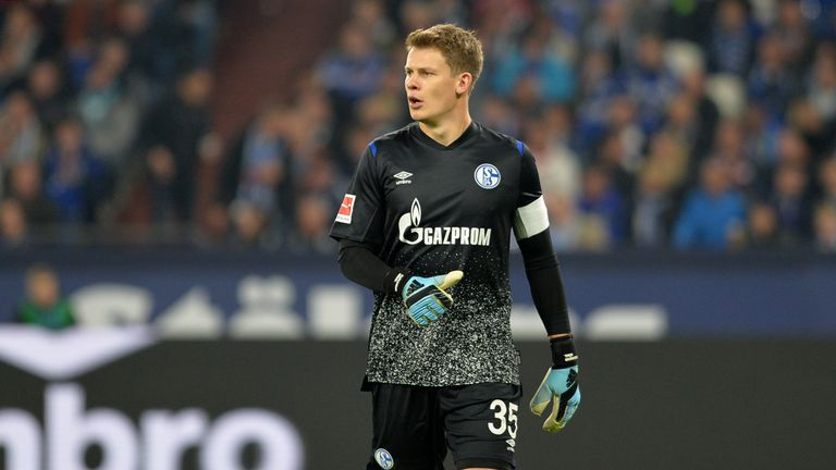 Schalke goalkeeper Alexander Nubel has snubbed a move to the Premier League