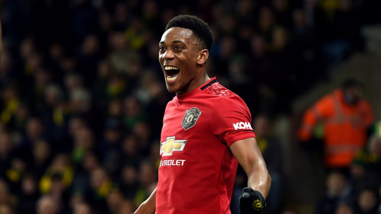 Anthony Martial puts Manchester United 3-0 up