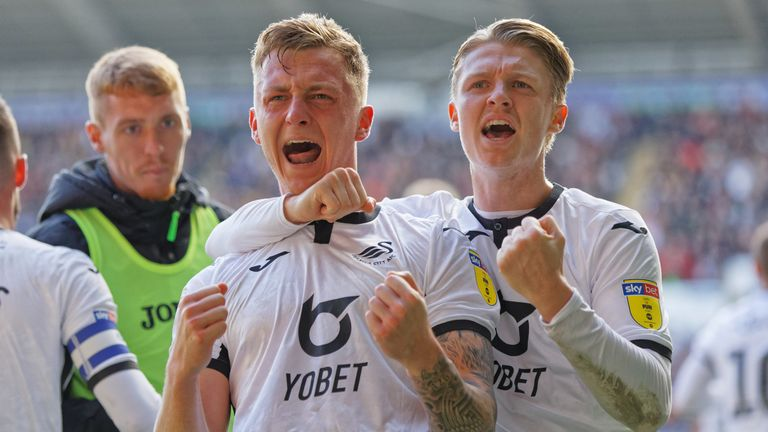 Ben Wilmot (L) celebrates his goal against Cardiff with tam-mate George Byers
