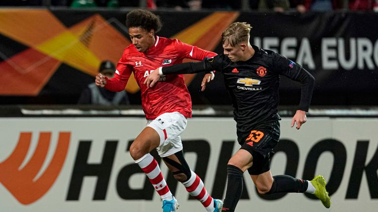 Manchester United make history with pathetic attacking display vs. AZ Alkmaar