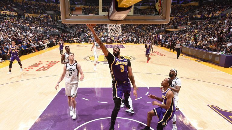 Anthony Davis of the Los Angeles Lakers shoots the ball against the Utah Jazz