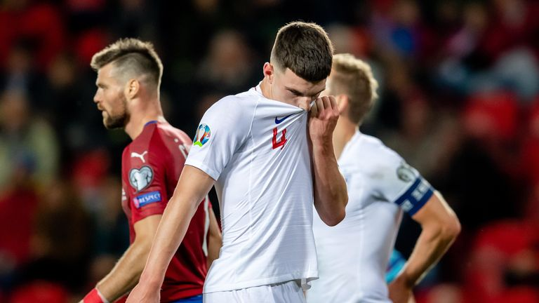 Declan Rice looks dejected during Czech Republic vs England