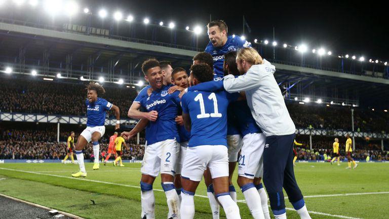 Everton celebrate their opening goal scored by Mason Holgate