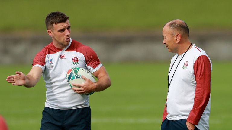 George Ford (l) and Eddie Jones (r) at England RWC training