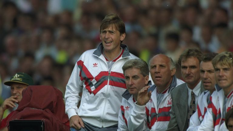 Kenny Dalglish guided Liverpool to eight straight wins to kick off the 1990/91 season