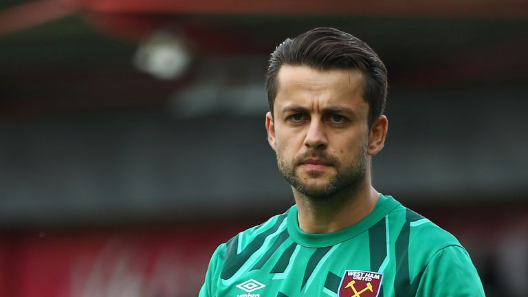 Pellegrini is hopeful Lukasz Fabianski can return from injury before Christmas