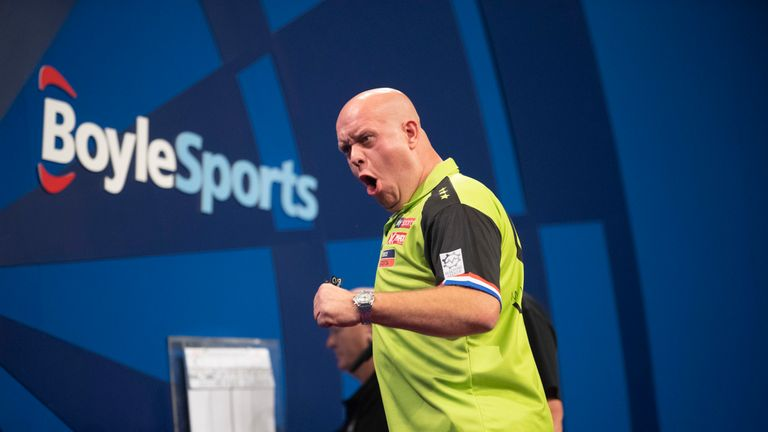 Michael van Gerwen remains on course to retain his World Grand Prix title after beating Jeffrey de Zwaan