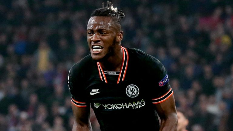Michy Batshuayi celebrates scoring for Chelsea
