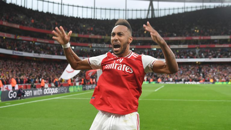 Pierre-Emerick Aubameyang wins Premier League Player of the Month for September