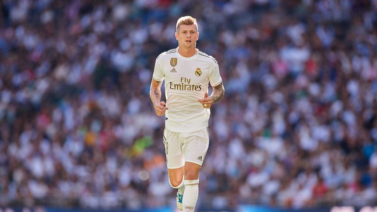 Toni Kroos looks on during the Liga match between Real Madrid and Granada