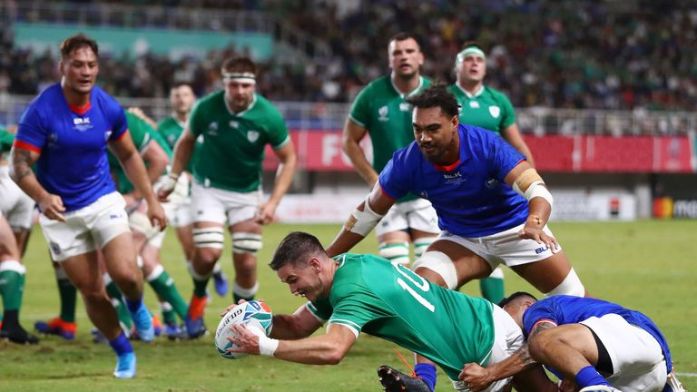 Ireland canter into quarter-finals