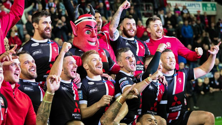 Salford booked their place in the Grand Final with a shock win over Wigan Warriors