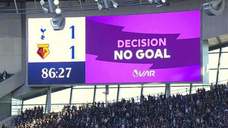 The Tottenham scoreboard wrongly says that Dele Alli's goal has been disallowed