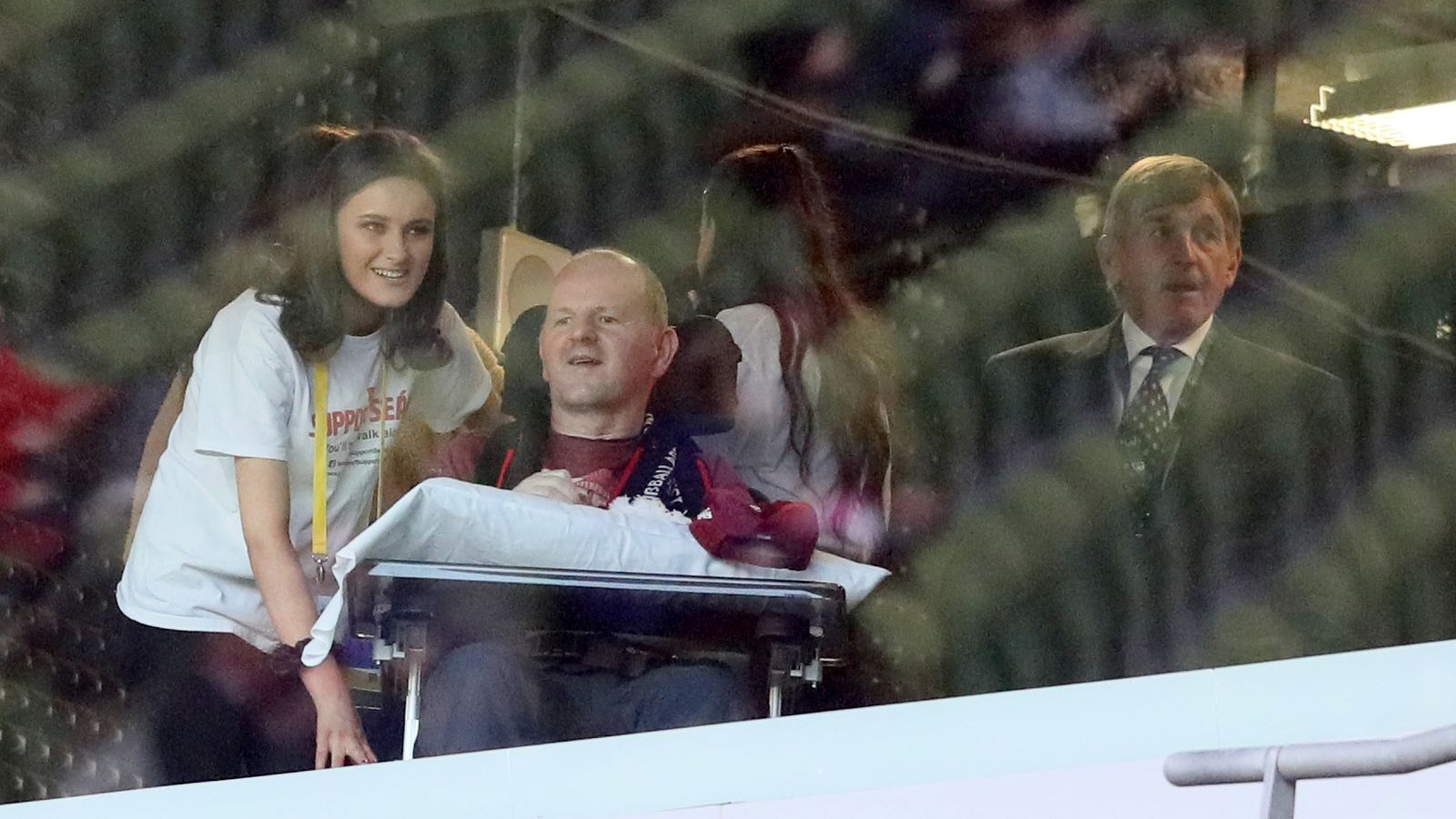 Liverpool fan Sean Cox returns home almost two years after attack by Roma supporter - Sky Sports
