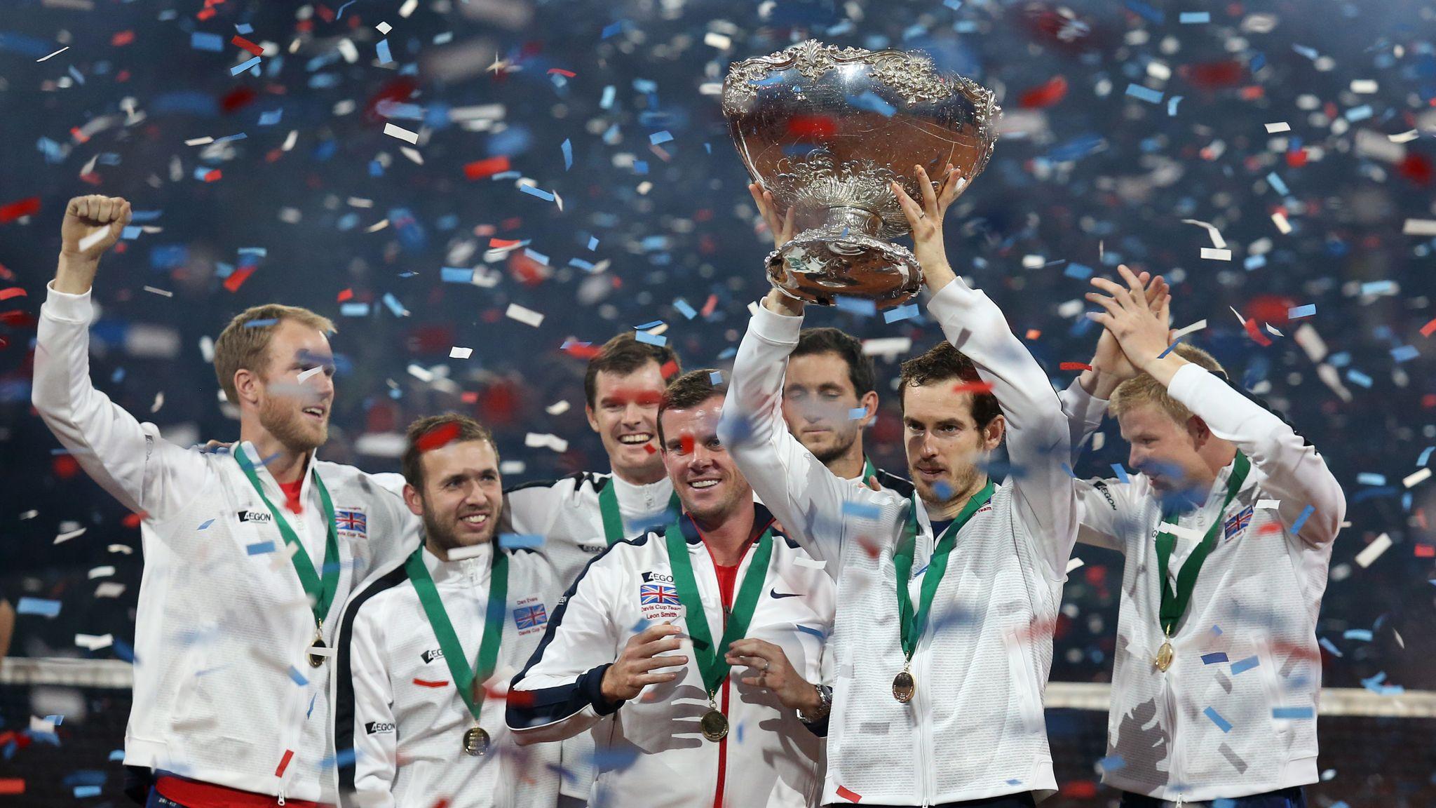 Stefanos Tsitsipas beats Dominic Thiem in thriller to win ATP Finals in London