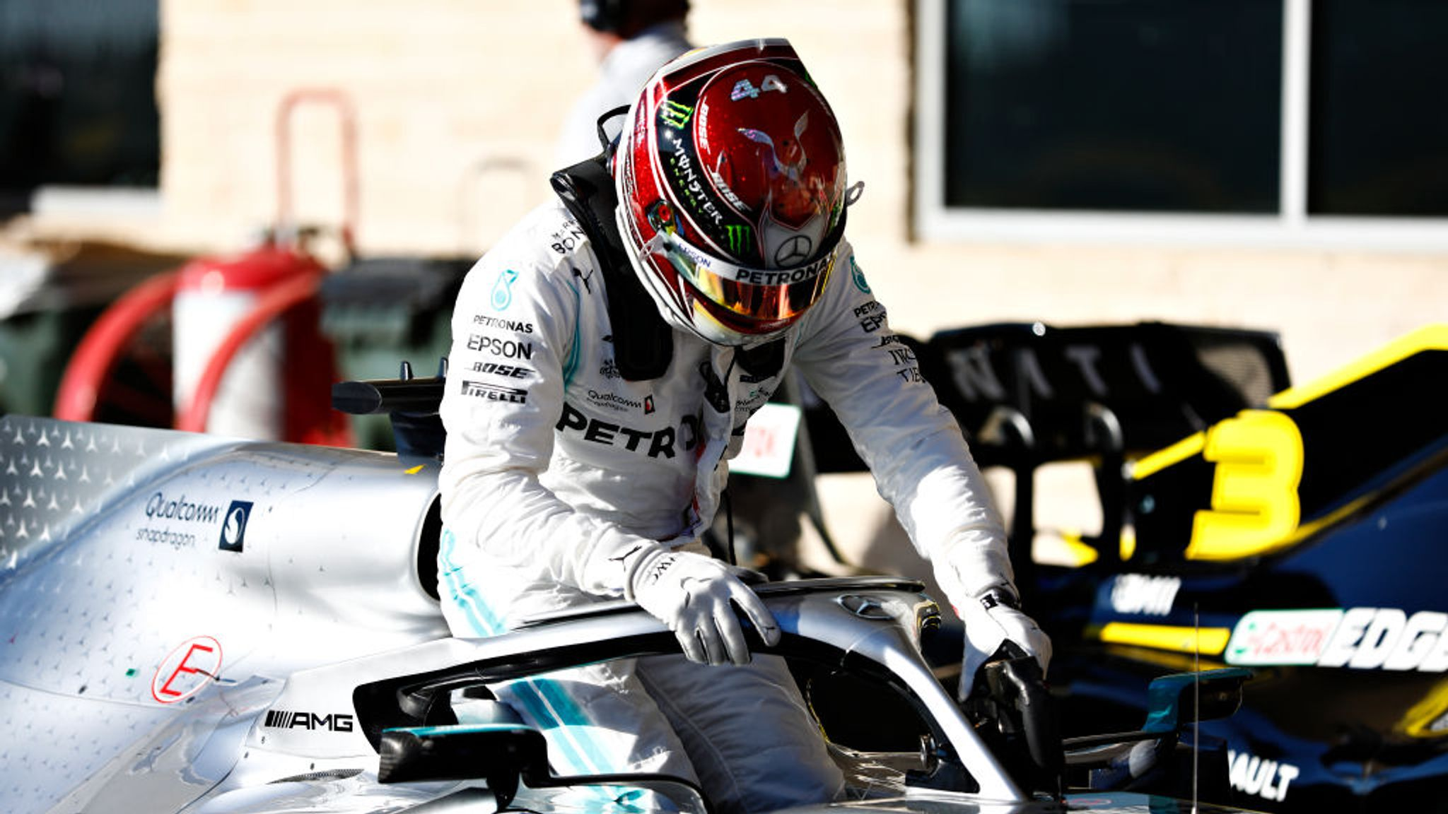 Lewis Hamilton at 'fault' in US GP qualifying and now in 'danger zone'