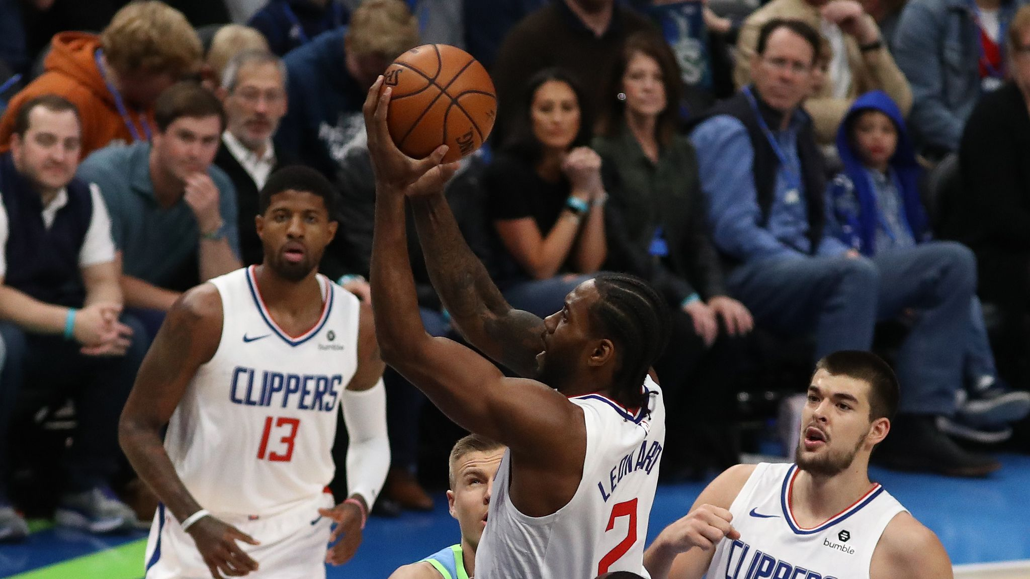Kawhi Leonard And Paul George Lead Los Angeles Clippers To