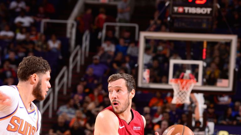 Goran Dragic in action against his former team the Phoenix Suns