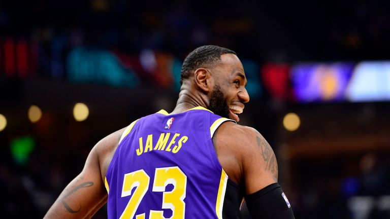 LeBron James celebrates the Lakers' narrow win over the Grizzlies