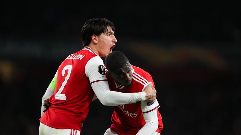 Nicolas Pepe celebrates with Hector Bellerin against Vitoria