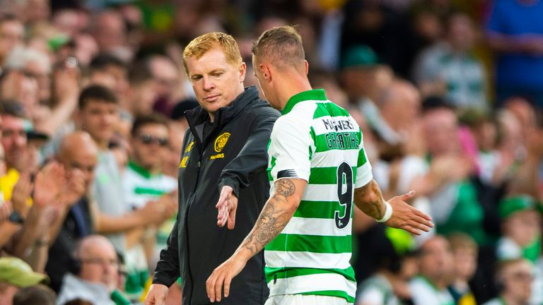 24/07/19 UEFA CHAMPIONS LEAGUE 2ND QUALIFYING ROUND 1ST LEG.CELTIC v NOMME KALJU (5-0).CELTIC PARK - GLASGOW.Celtic's Leigh Griffiths with Neil Lennon as he is replaced in the second half.