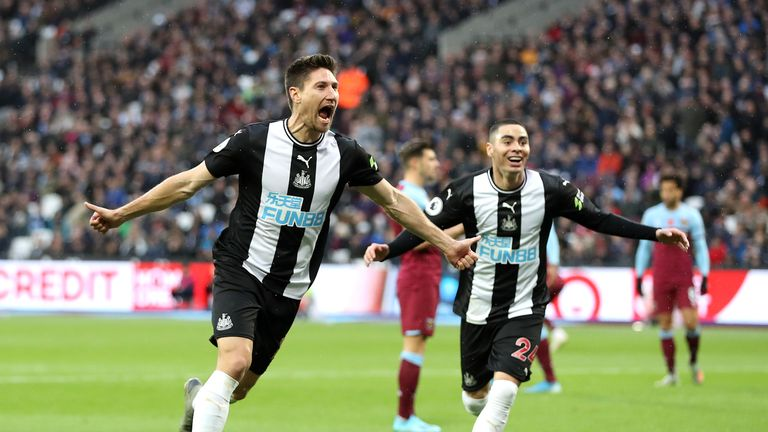 Federico Fernandez scored his first goal of the Premier League season and Newcastle's second of the afternoon with just 22 minutes gone.