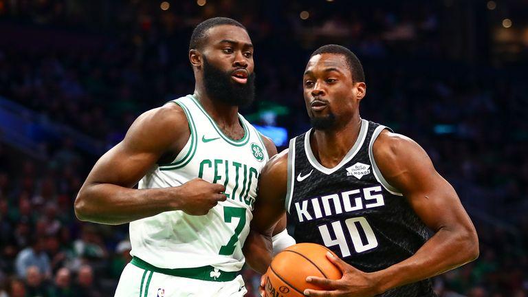 Harrison Barnes #40 of the Sacramento Kings drives to the basket against Jaylen Brown #7 of the Boston Celtics at TD Garden on November 25, 2019 in Boston, Massachusetts.
