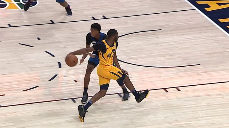 Emmanuel Mudiay fools Jarrett Culver during Utah Jazz's game with Minnesota Timberwolves
