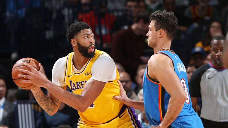Los Angeles Lakers against the Oklahoma City Thunder in Week 5 of the NBA season.
