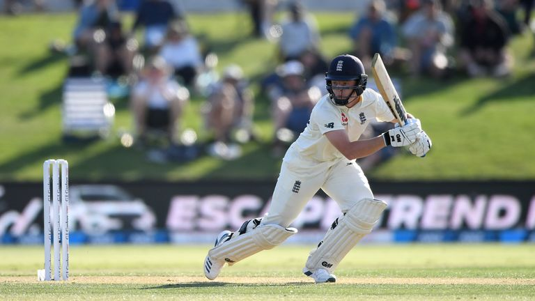 BJ Watling century gives Black Caps first innings lead over England