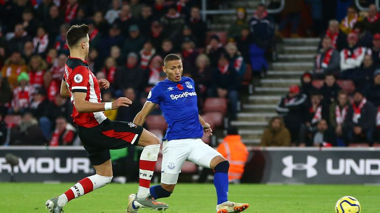 Richarlison restores Everton's lead with a well-taken strike at the far post