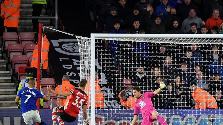 Richarlison meets Djibril Sidibe's cross to restore Everton's lead