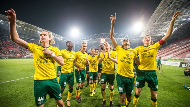 Todd Cantwell celebrates promotion with Fortuna Sittard in 2018