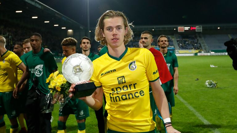 Todd Cantwell with the trophy after winning the trophy with Fortuna Sittard
