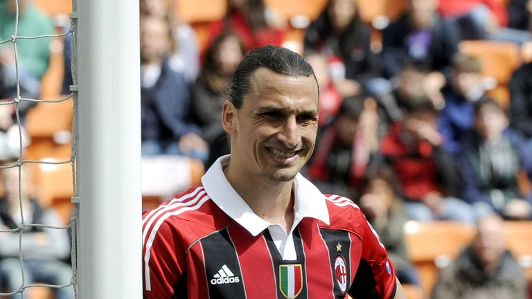 MILAN, ITALY - MAY 13:  Zlatan Ibrahimovic of AC Milan during the Serie A match between AC Milan and Novara Calcio at Stadio Giuseppe Meazza on May 13, 2012 in Milan, Italy.  (Photo by Claudio Villa/Getty Images)