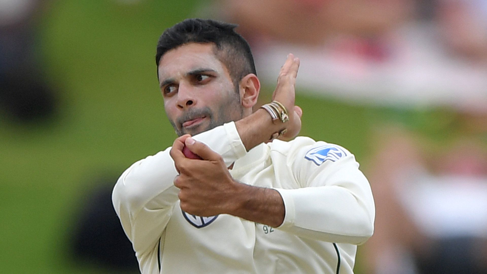 Yorkshire cancel overseas player contracts