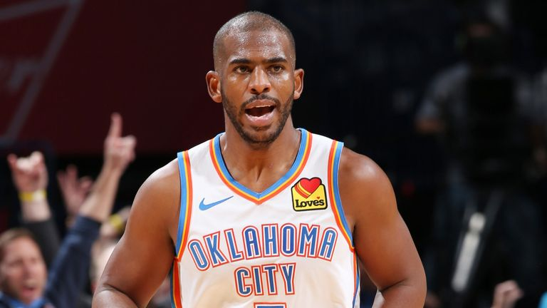 Chris Paul celebrates after draining a three-pointer against Chicago