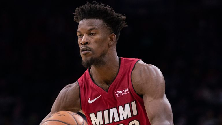 Jimmy Butler dishes a pass during the Miami Heat's win in Philadelphia