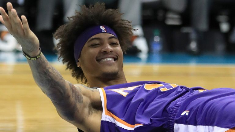 Kelly Oubre appeals for a call during Phoenix's win over Charlotte
