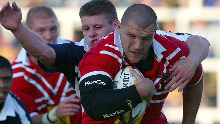Barrie McDermott in action for Lancashire against Yorkshire in 2002